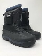 Polaris Snow Boots Size 5 in Westmont, Illinois