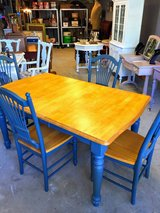 Nice farm house dining table/ 4 chairs in Camp Lejeune, North Carolina