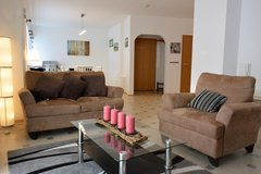 TLA 2 BR Apt, Ramstein, 5min from RAB, pet friendly, Air-Con in Ramstein, Germany