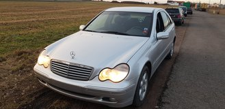 Mercedes Benz c200 Kompressor Automatic New inspection 2003 in Ramstein, Germany