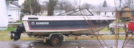 sunbird motor boat in Fort Campbell, Kentucky