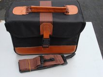 NICE CLEAN CAMERA BAG in Naperville, Illinois