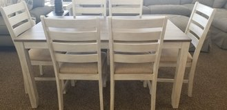 7pc Dinette. White washed. in Cherry Point, North Carolina