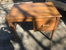 Small Vtg Oak student desk in Perry, Georgia