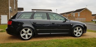 AUDI A4 2.0 TDI AVANT - S-LINE, BOSE, SAT NAV, CRUISE in Lakenheath, UK