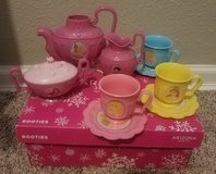 Princess tea set in Camp Lejeune, North Carolina