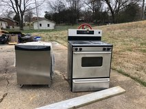 stainless steel Dishwasher and stove in Fort Campbell, Kentucky
