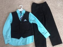 Van Heusen boy 4-pc dressy set, size 8 in Naperville, Illinois