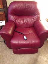recliner, electric, leather in Beaufort, South Carolina