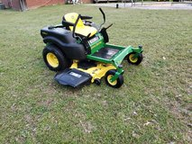 John Deere 54 Inch Cut Zero Turn Mower! in Warner Robins, Georgia