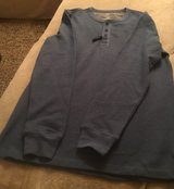 Men's Medium Thermal Shirt in Chicago, Illinois
