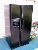 Refrigerator Side by Side-Water and Ice In Door nice-Black-Excellent condition in Warner Robins, Georgia