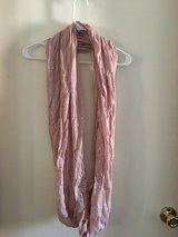Rose colored scarf in Alamogordo, New Mexico