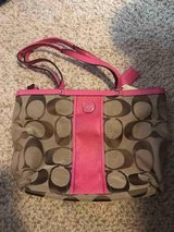 Used coach purse in Glendale Heights, Illinois