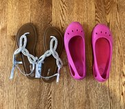 Girl crocs & sandals in Westmont, Illinois
