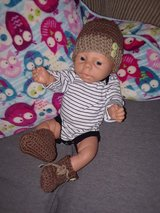 New ... NB crochet hat & booties in Fort Hood, Texas
