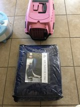 x small pet carrier & queen quilt in Alamogordo, New Mexico