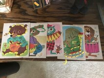 Vintage Animal Sewing Card Lot in Joliet, Illinois