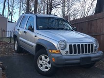 2005 Jeep Liberty 4X4 in Fort Campbell, Kentucky