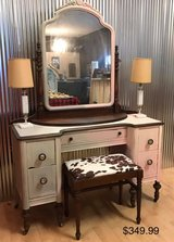 Antique Vanity With Stool Make up table Dresser French Linen & Pink in Fort Leonard Wood, Missouri