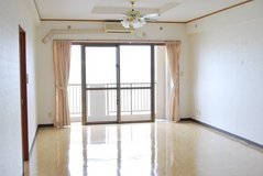 OCEANFRONT-3BD/2TB in Okinawa, Japan