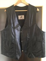 Mens Leather Vest Vintage in Grafenwoehr, GE