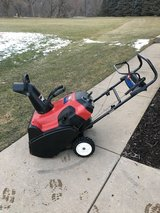 "TORO SNOWCOMMANDER 24"" SNOW BLOWER WITH HIGH OUTPUT MOTOR RUNS GREAT READY TO WORK. in Naperville, Illinois"