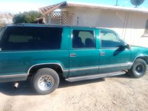 97 GMC suburban 1500 5.7 PENDING SALE in 29 Palms, California
