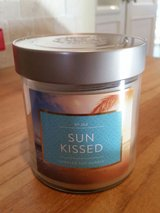 Candle - 2 wick - Sun Kissed Scent  New in Orland Park, Illinois