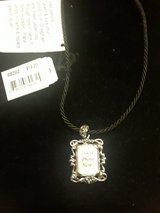 Costume jewelry -Necklace in Aurora, Illinois
