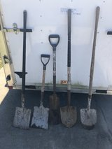 5 Shovels in Fort Knox, Kentucky