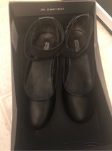 Kenneth Cole reaction size 3 girls black dress shoes in Camp Lejeune, North Carolina