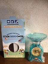 Cook Dog Cook Kitchen Mini scale. in Okinawa, Japan