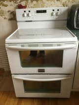 Frigidaire ceramic top double oven electrical range in Chicago, Illinois