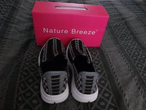Nature Breeze- Elvin Woven Black/Gray Stripes Slip-On Sneakers Women's Size 8 NEW! in Camp Lejeune, North Carolina