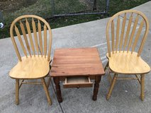 End Table & 2 Chairs in Fort Knox, Kentucky