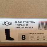 Ugg 3 button bailey boots new in Spangdahlem, Germany