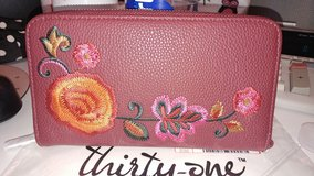 NWT THIRTY-ONE WALLET PURSE CLUTCH in Aurora, Illinois