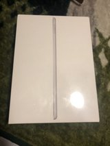 Brand new iPad 6!! in Fort Campbell, Kentucky