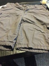 Men's size 36 Polo Club cargo shorts in Chicago, Illinois