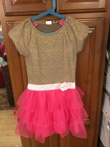 Pretty Girl Dress in Glendale Heights, Illinois