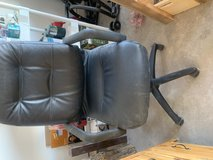 Adjustable office chair in Alamogordo, New Mexico