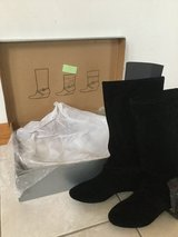 Women's Fashion Boots size 6.5 NEW in Bolingbrook, Illinois