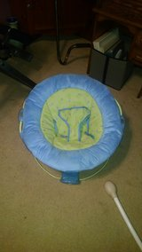 Infant seat by Boppy in Camp Lejeune, North Carolina
