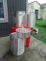 crawlfish boiling pots in Bellaire, Texas