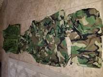 Complete improved wet weather suit,  M size in 29 Palms, California