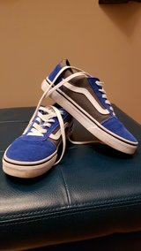 boys Vans size 3 youth in Aurora, Illinois