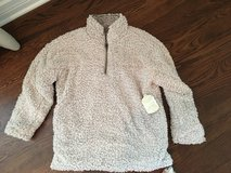 NEW WITH TAGS: Altar'd State Fuzzy (Wubby) Pullover Size S in Naperville, Illinois