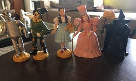 Wizard of Oz Figures in St. Charles, Illinois