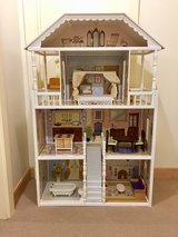 KidsKraft Dollhouse (PENDING PU) in Okinawa, Japan